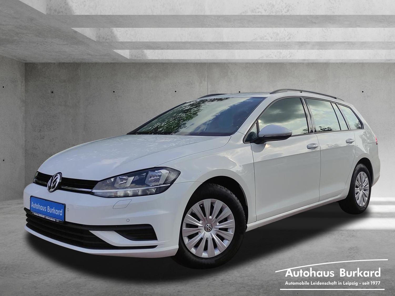 Volkswagen Golf Var. VII 1.6 TDI AHZV+DSG+Temp.+PDC, Jahr 2018, Diesel