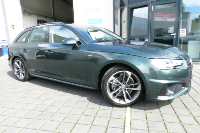Audi A4 Avant 40 TFSI S Line Pano/Matrix/Ahk/Virtual/, Jahr 2019, Benzin