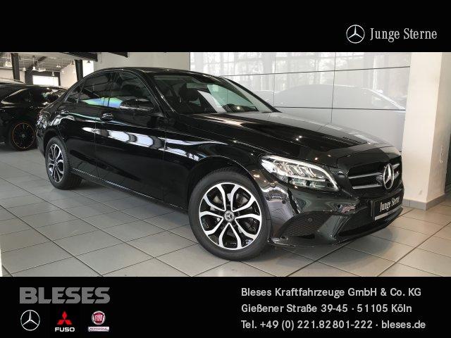 Mercedes-Benz C 180 Avantgarde +Night+Park+Business+ Navi/LED, Jahr 2019, Benzin
