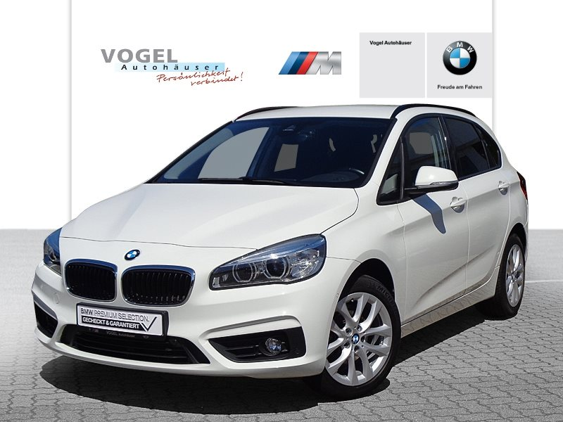 BMW 216i Active Tourer Modell Advantage Euro 6 Navi PDC Parkassistent Klima Sitzheizung LED Tempomat Sonnenschutzverglasung, Jahr 2018, Benzin
