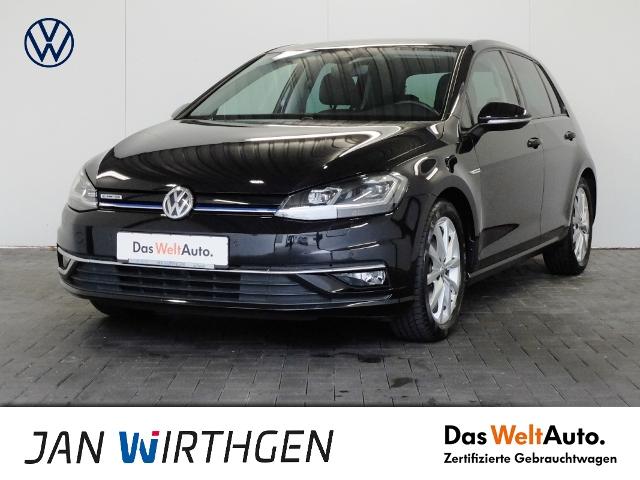 Volkswagen Golf VII 1.5 TSI DSG Navi LED ACC, Jahr 2017, Benzin