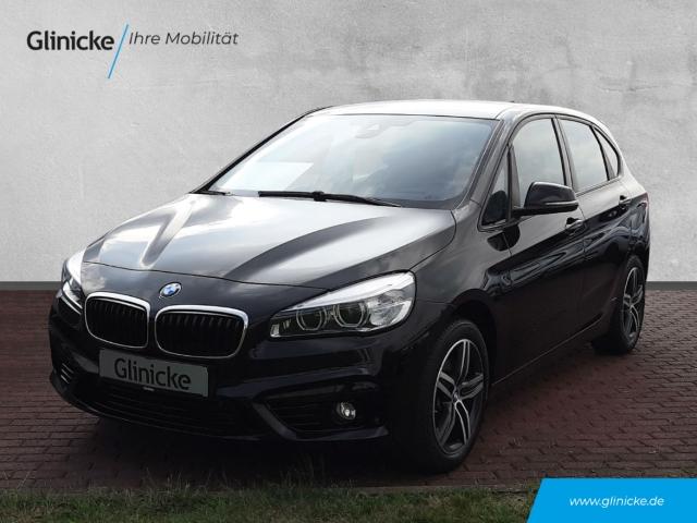 BMW 225 Active Tourer i xDrive Sport Line Park-Assistent LED Navi Keyless e-Sitze HUD Allrad, Jahr 2016, Benzin