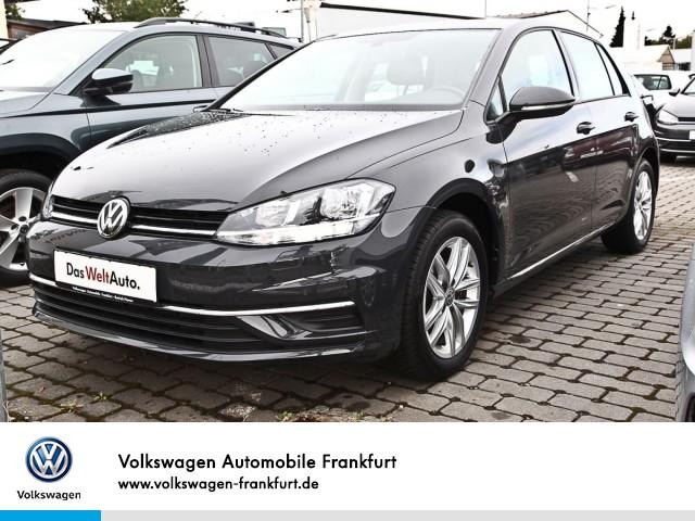 Volkswagen Golf VII 1.0 TSI Comfortline Einparhilfe Sitzheizung Leichtmetallfelgen Golf 1,0 CLBM 81 TSI M6F, Jahr 2018, Benzin