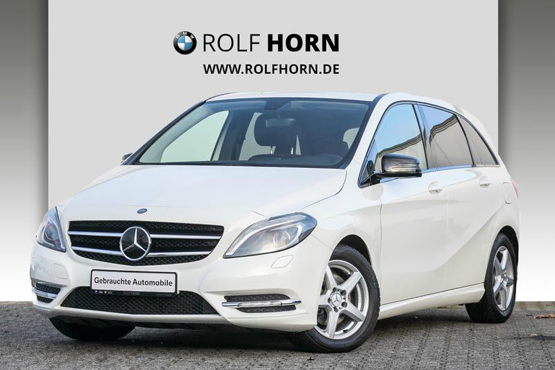 Mercedes-Benz B 180 BlueEFFICIENCY Navi Xenon TV Bluetooth PDC, Jahr 2012, petrol