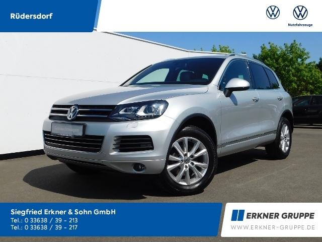 Volkswagen Touareg 3.0TDI DSG STANDHZ+XENON+NAVI+AHK, Jahr 2013, Diesel