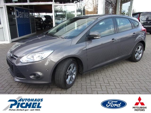 Ford Focus Lim Trend 1.0 EcoBoost Parklenkass. PDCv+h Beheizb. Frontsch. Multif.Lenkrad Klimaautom, Jahr 2013, Benzin