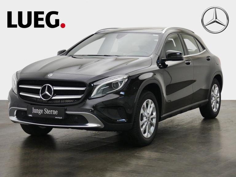 Mercedes-Benz GLA 250 Urban+Navi+Pano+BiXenon+19''AMG+SCORE+RF, Jahr 2016, Benzin