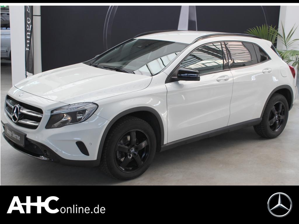 Mercedes-Benz GLA 220 d 4M URBAN+COMAND+STANDH.+AHK+KAMERA+CD, Jahr 2016, Diesel