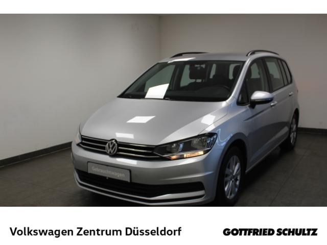 Volkswagen Touran Comfortline 1.5 TSI DSG 7Sitzer *Navi*AHK*ACC*PDC*, Jahr 2020, Benzin