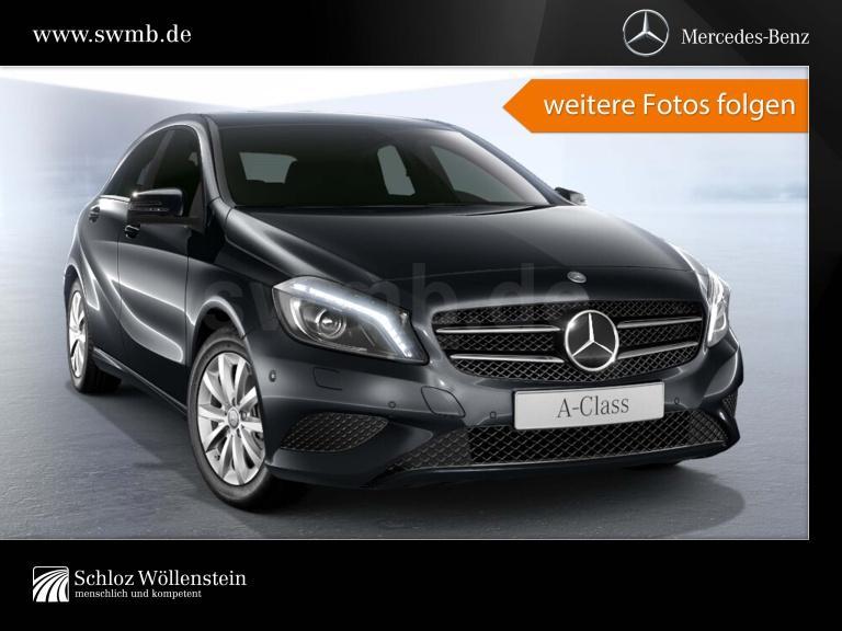 Mercedes-Benz A 180 Style/Navi/PDC, Jahr 2012, Benzin