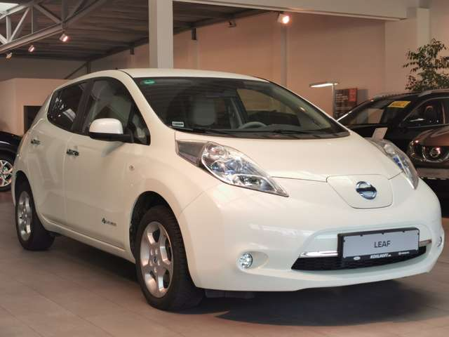 Nissan Leaf Basis 24 kWh mit Batterie 109PS Navi Kamera, Jahr 2013, Elektro