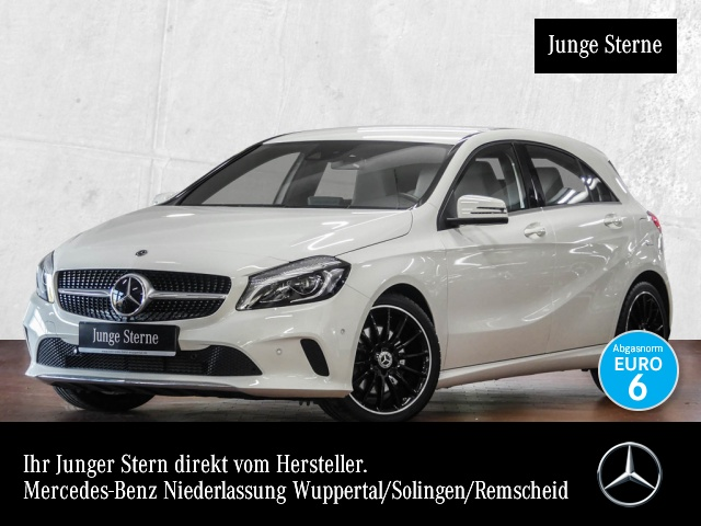 Mercedes-Benz A 250 Urban Harman Distr. LED Kamera Navi SpurPak, Jahr 2017, petrol