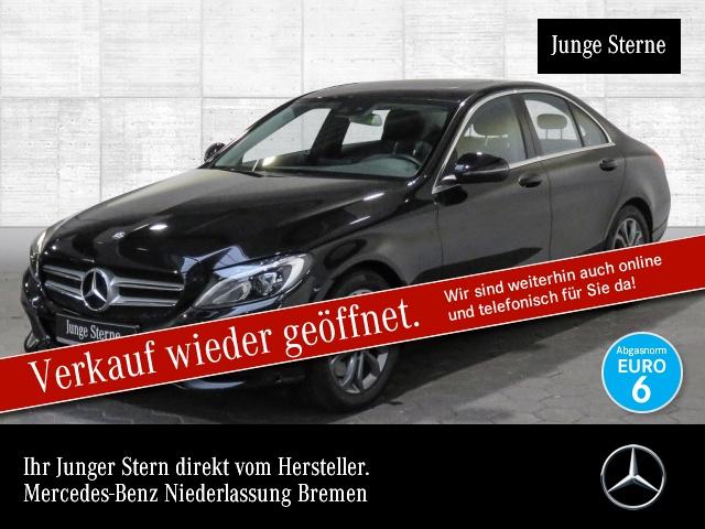 Mercedes-Benz C 300 Avantgarde SHD LED Kamera Navi Totwinkel PTS, Jahr 2017, Benzin