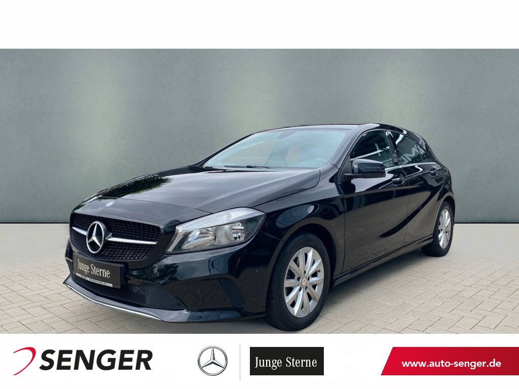 Mercedes-Benz A 180 Style Navi Sitzheizung Parkassistent, Jahr 2016, Benzin