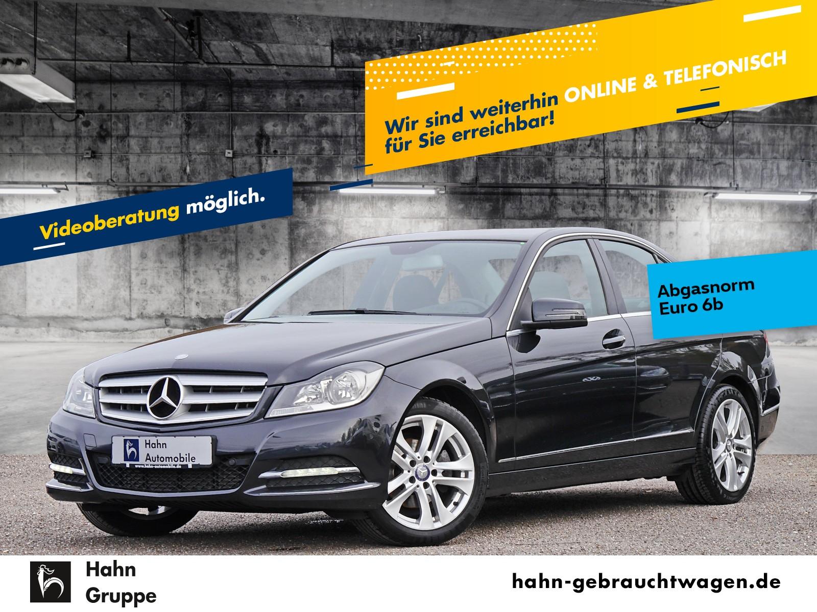 Mercedes-Benz C 180 C-Klasse C 180 CGI BlueEfficiency Automatik Navi PDC SHZ, Jahr 2013, Benzin