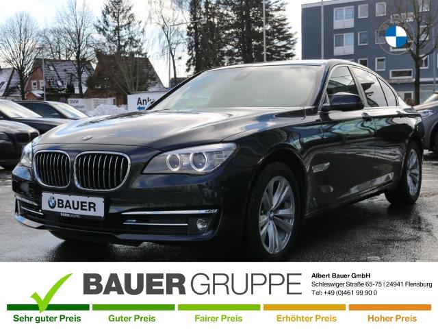 BMW 740 d xDrive Leder Navi HUD ACC Rückfahrkam. Allrad Holzausst. El. Heckklappe, Jahr 2013, Diesel