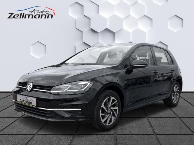 Volkswagen Golf SOUND 1.5TSI DSG 110kW LED Navi ParkAssist ACC, Jahr 2018, Benzin