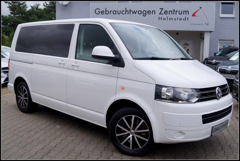 Volkswagen Multivan 2.0TDI Comfortline 7 Sitze NAVI*AHK*PDC, Jahr 2015, Diesel
