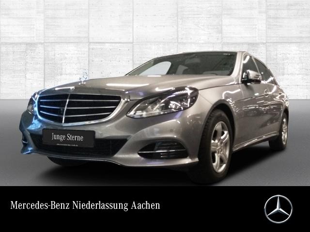 Mercedes-Benz E 300 Elegance LED Navi PTS Temp, Jahr 2013, petrol