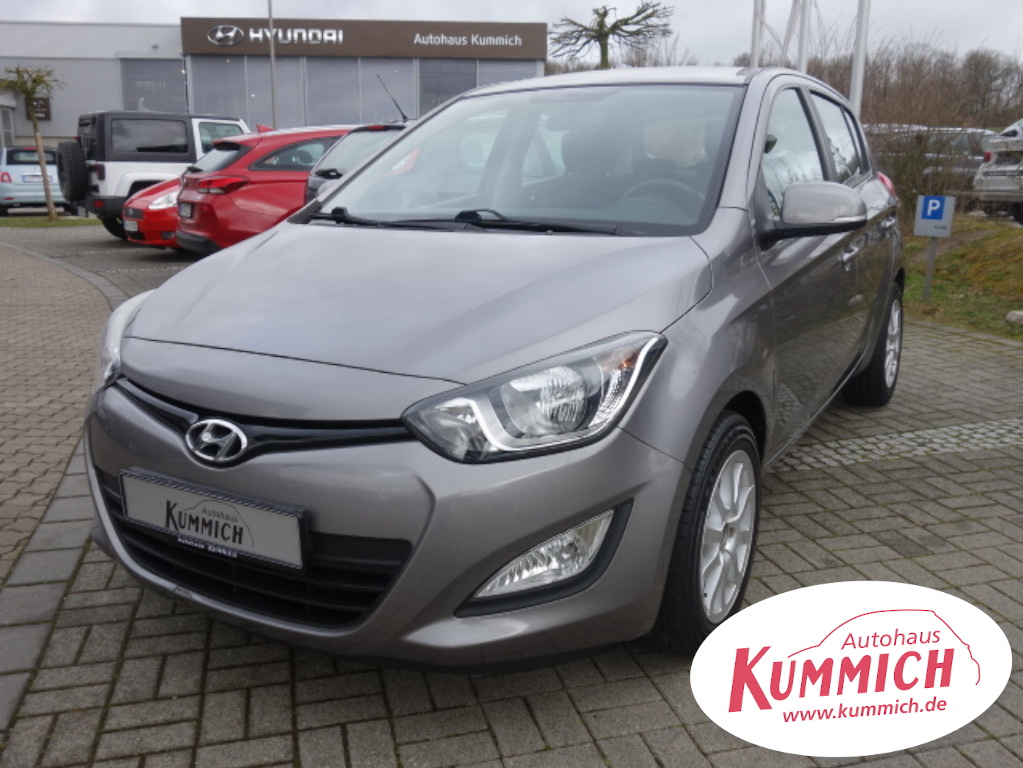 Hyundai i20, Jahr 2012, Benzin