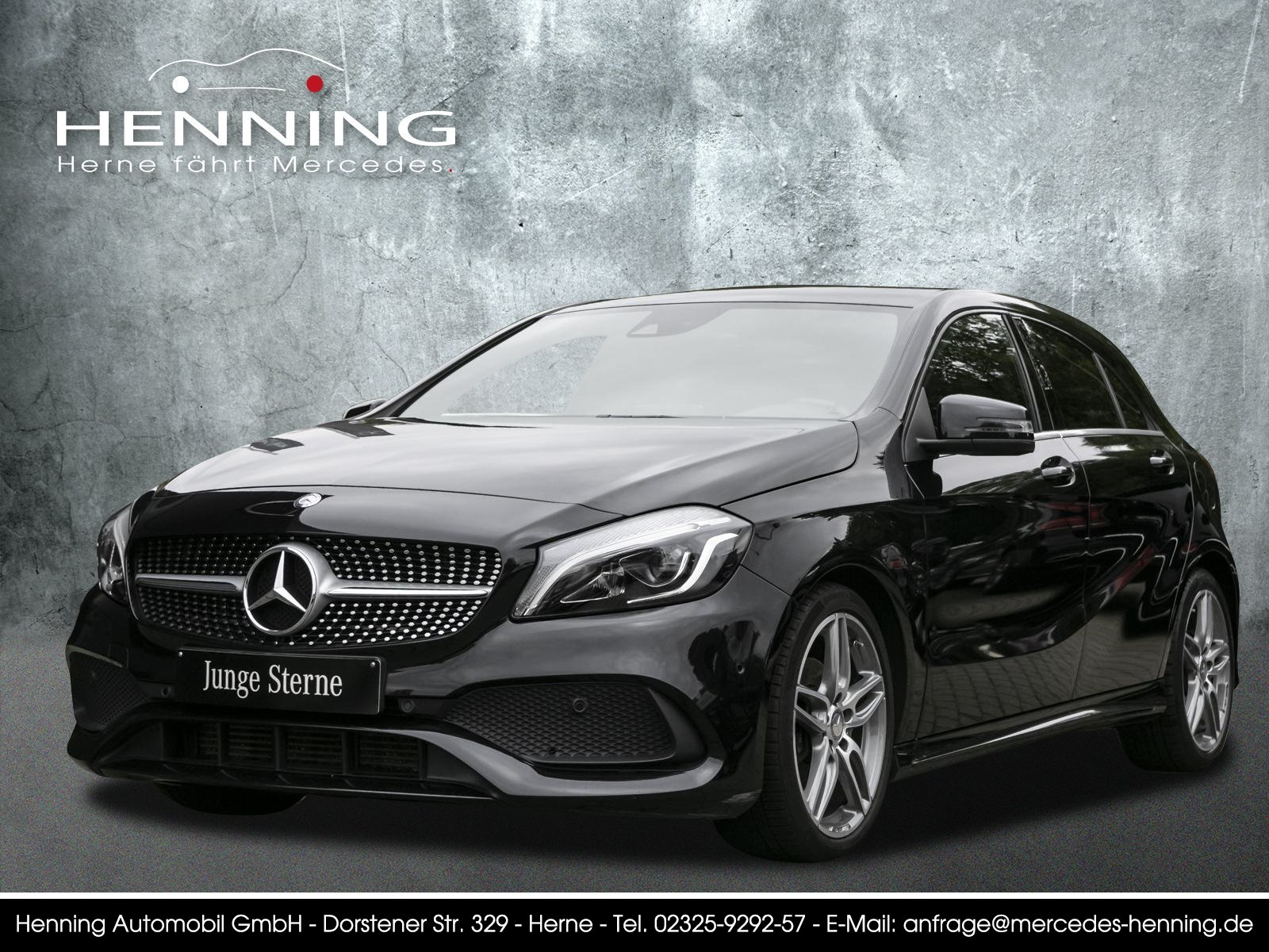 Mercedes-Benz A 180 AMG 7G LED Comand Klima Tempomat CarPlay, Jahr 2016, Benzin