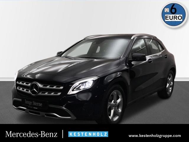 """Mercedes-Benz GLA 180 Urban LED+NAVI+PTS+SITZHZG+TEMPOMAT+18"""", Jahr 2017, petrol"""
