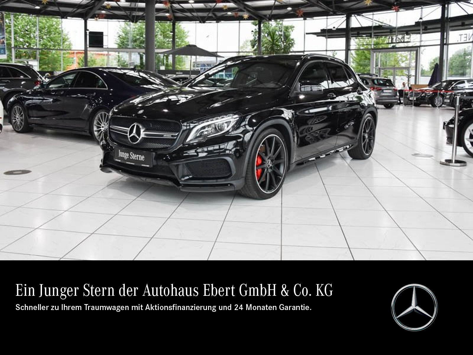 Mercedes-Benz GLA 45 AMG 4M COMAND+ILS+PSD+NIGHT+KAMERA+EASY P, Jahr 2015, Benzin