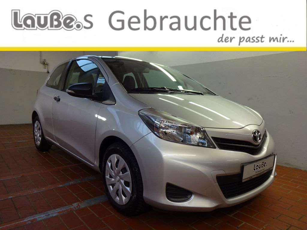 Toyota Yaris 1.0 VVT-i Cool Edition Garantie, Jahr 2012, petrol