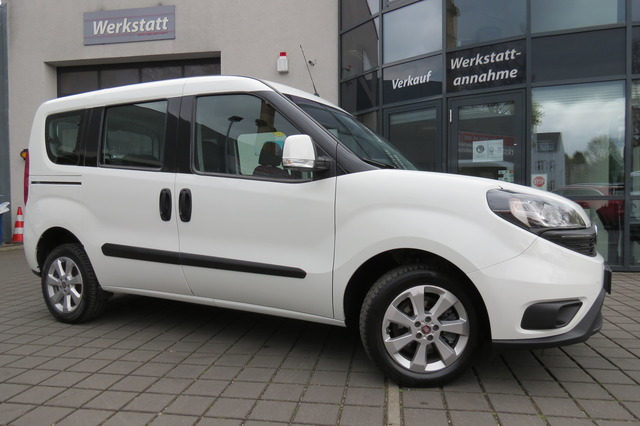 Fiat Doblo 1.6d MultiJet Lounge 7Sitzer/Pdc/Euro6/Kli, Jahr 2020, Diesel