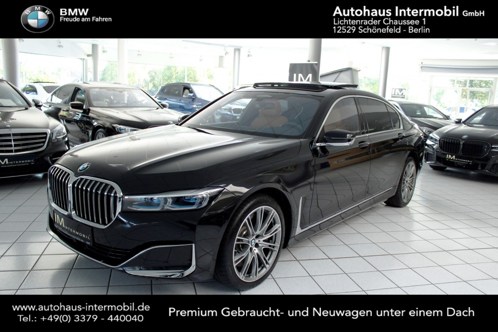 BMW M760 Li xDrive V12 Excellence UVP: 183.400 €, Jahr 2019, Benzin