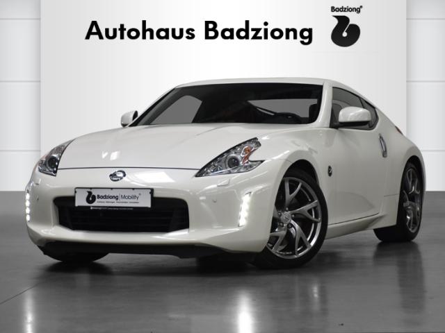 Nissan 370Z Pack Klima+Bose+Bi-Xenon+Tempomat+19''LMF, Jahr 2016, Benzin