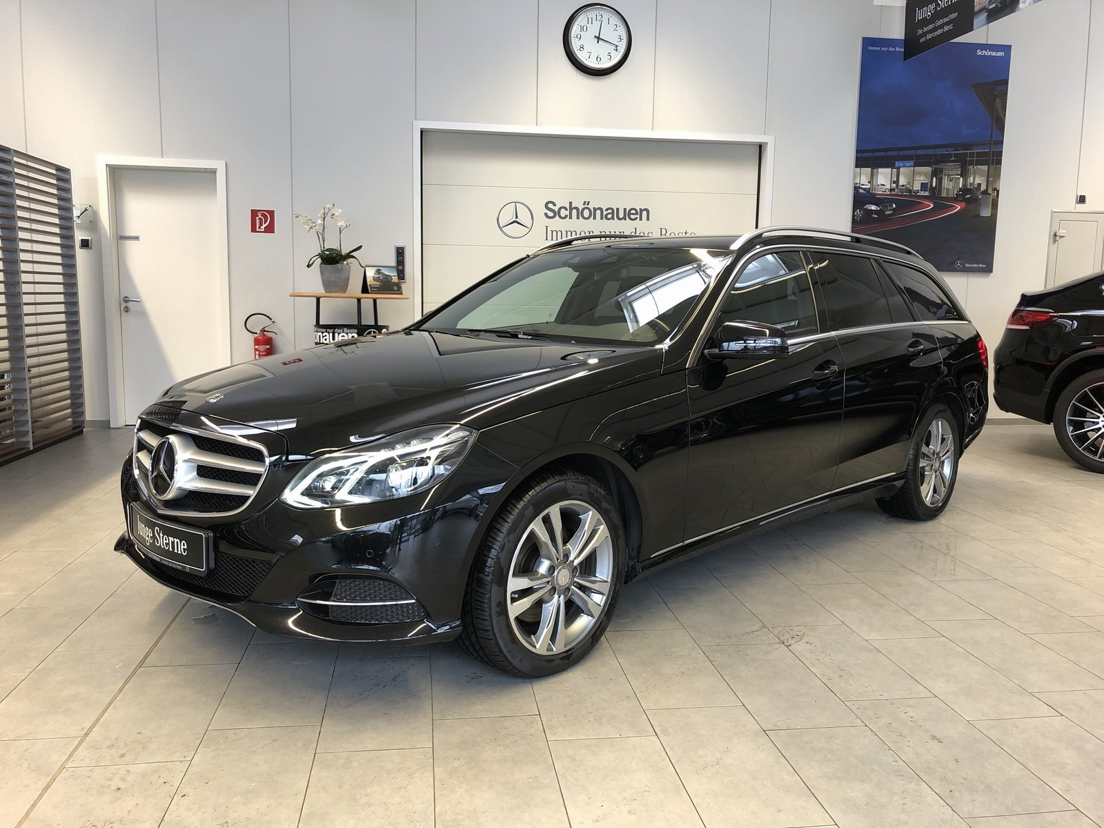 Mercedes-Benz E 350 4M T BlueTEC COMAND+DISTR+KAMERA+LED+TOTW, Jahr 2014, Diesel