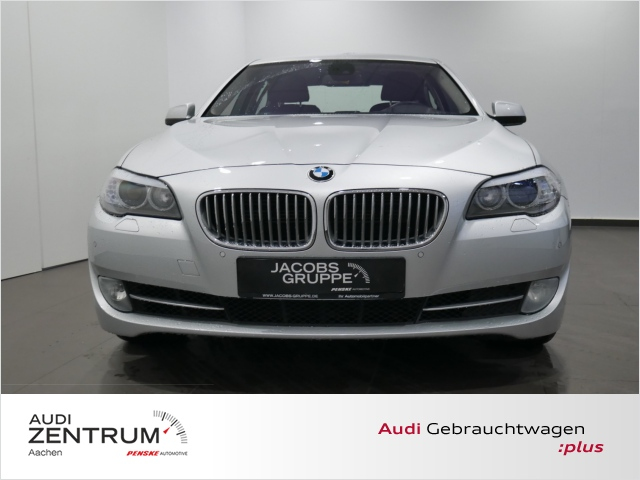 BMW 550i xDrive Xenon, Head up, SitzbelÃftung, Jahr 2012, petrol