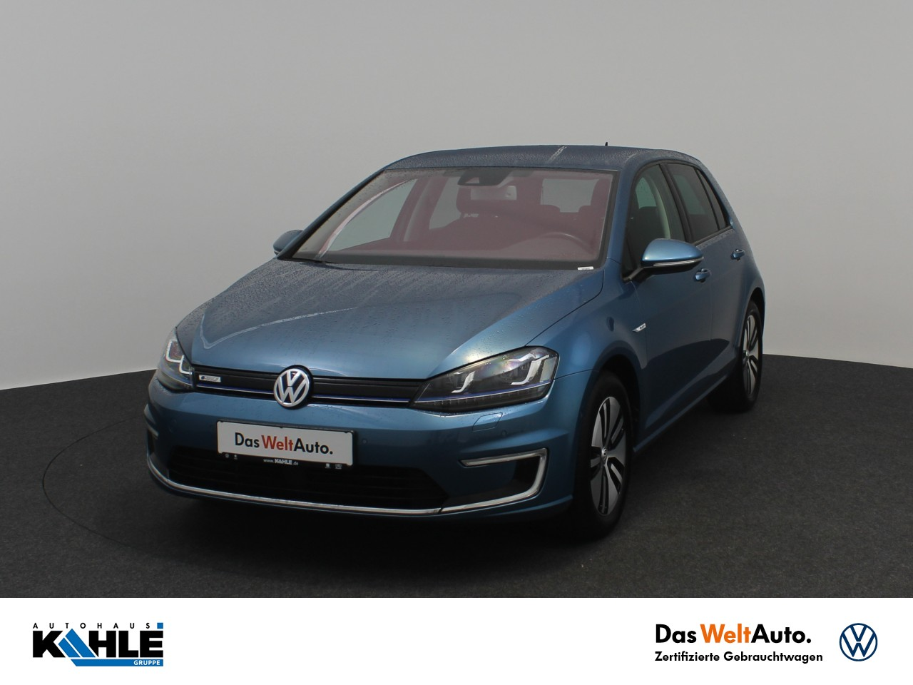 Volkswagen Golf VII e-Golf Navi LED Klima PDC Klima Navi, Jahr 2017, Elektro