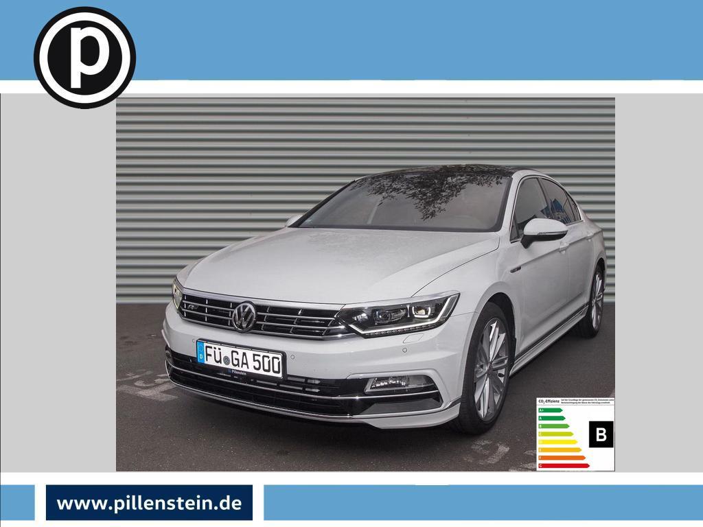 Volkswagen Passat Highline *LED PANO ACC 19 DAB R-LINE DCC, Jahr 2018, Diesel
