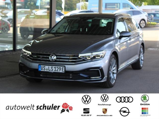 Volkswagen Passat GTE Variant 1,4 l TSI mit E-Motor 156 PS, Jahr 2021, Benzin