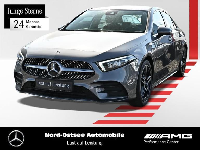 Mercedes-Benz A 180 AMG LED Parkpaket Navi MBUX DAB Sitzhz, Jahr 2020, Benzin