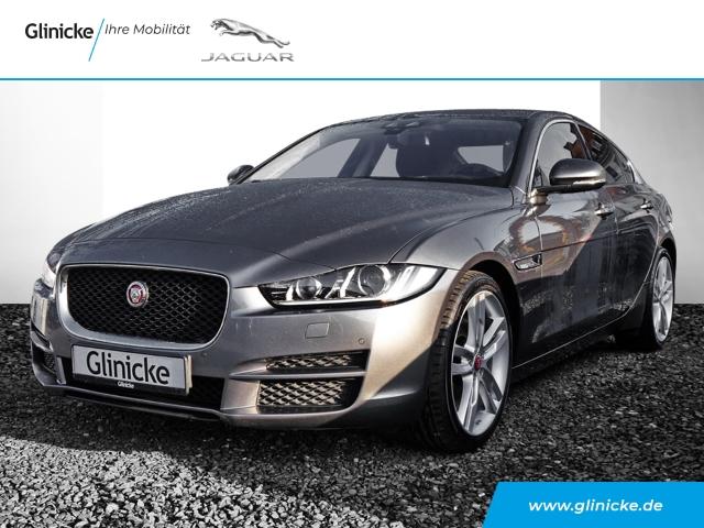 Jaguar XE Pure 20d Navi Keyless Dyn. Kurvenlicht e-Sitze El. Fondsitzverst. HUD ACC PDCv+h, Jahr 2016, Diesel