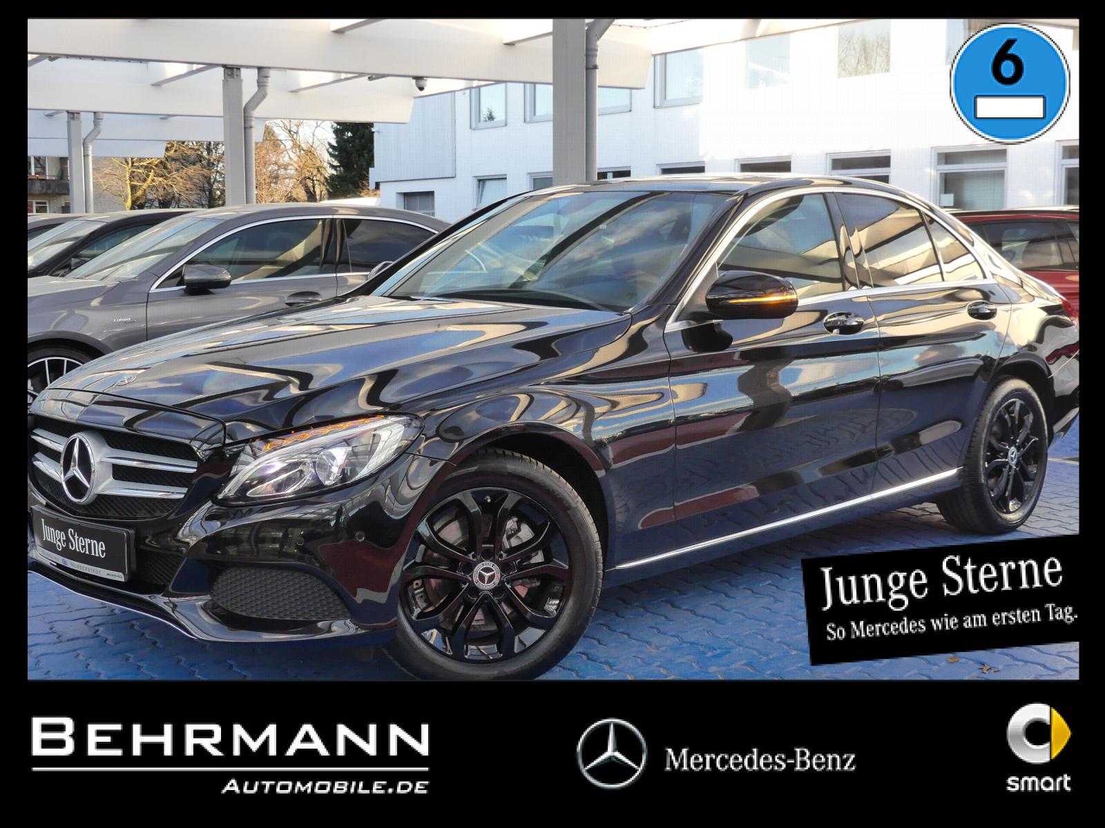 Mercedes-Benz C 200 Avantgarde LED-Schein+R-Kamera+Schiebedach, Jahr 2017, Benzin