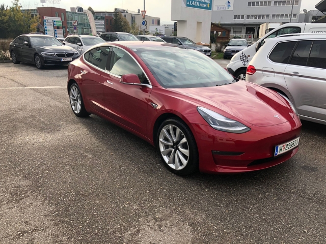 Tesla Model 3 Long Range Dual AWD, Jahr 2019, Elektro
