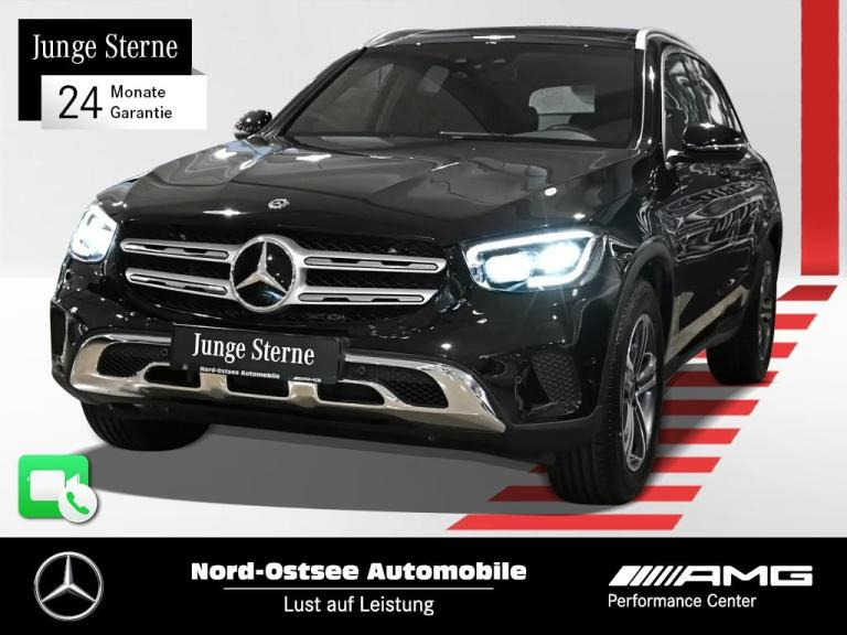 Mercedes-Benz GLC 200 4M Exclusive Navi AHK Pano Multibeam Kam, Jahr 2020, Benzin