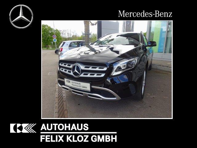 Mercedes-Benz GLA 180 Urban LED Navi Standheizung 360 EasyPack, Jahr 2018, Benzin