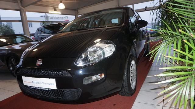 Fiat Punto 1.4 AUTOMATIK+KLINA+1.HAND+SCHECKHEFT, Jahr 2013, Benzin