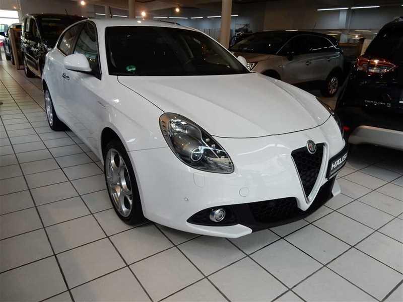 Alfa Romeo Giulietta, Jahr 2017, Benzin