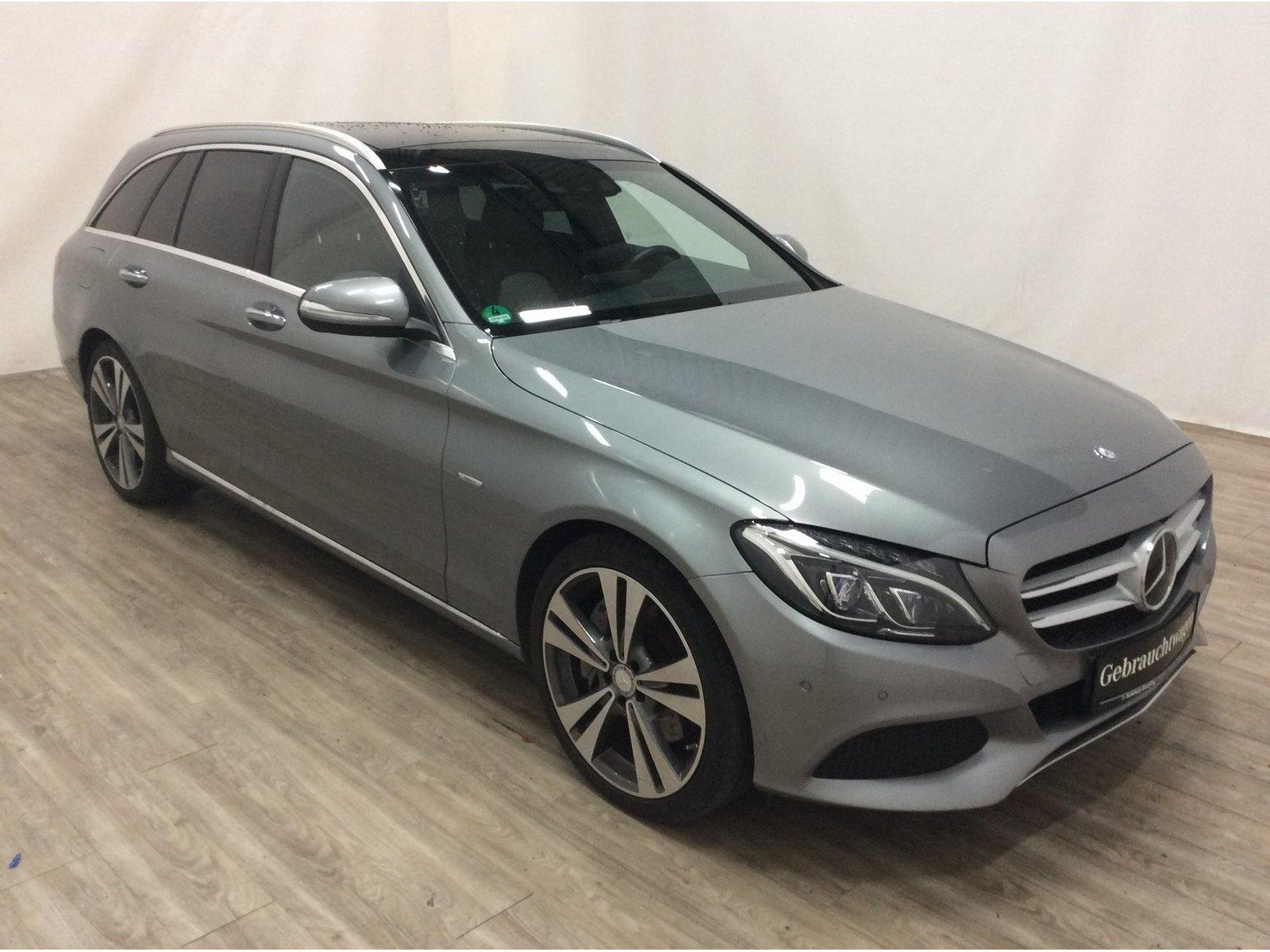 Mercedes-Benz C 400 T 4M *Edition1* AVANTGARDE*Pano*AHK*Distr*, Jahr 2015, Benzin