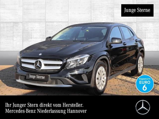 Mercedes-Benz GLA 180 Carbon Kamera Sitzh, Jahr 2016, petrol