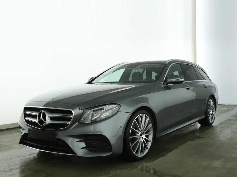 Mercedes-Benz E 200d T AMG+AHK+MULTIBEAM+KAMERA+TOTW+DAB+EASYP, Jahr 2019, Diesel