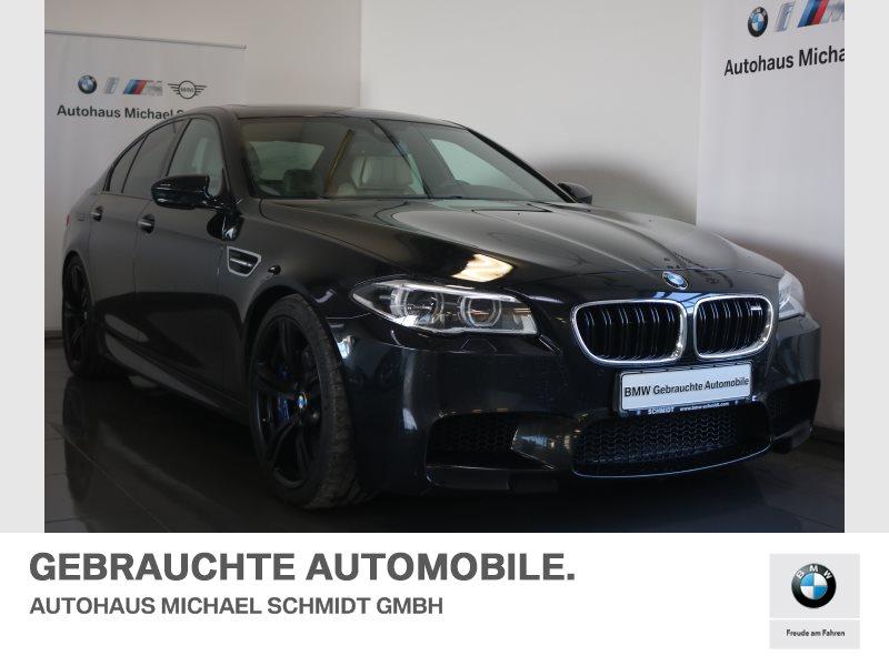 BMW M5 Limousine AHK+INDIVIDUAL+DAB+COMPETITION+, Jahr 2015, Benzin