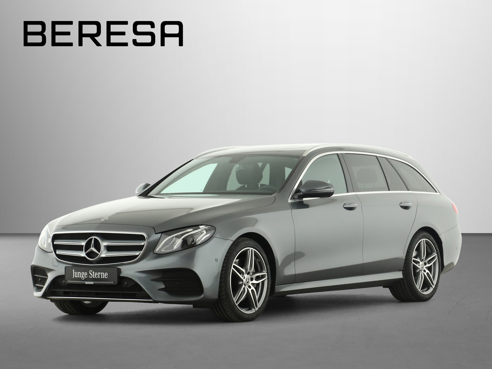 Mercedes-Benz E 300 d T AMG LED AHK Kamera Navi Schiebedach, Jahr 2020, Diesel
