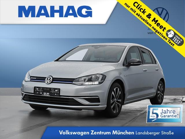 Volkswagen Golf VII 1.5 TSI IQ.DRIVE Navi Kamera Sitzhz. ParkAssist LightAssist FrontAssist 16Zoll 6-Gang, Jahr 2020, Benzin